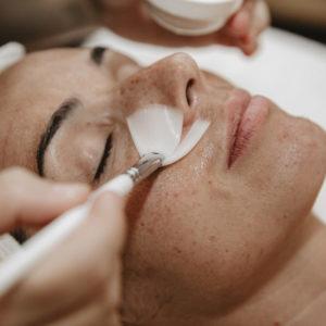 cursos de cosmética avanzada